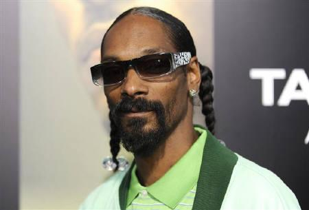 Snoop Dogg Wants To Become Twitter CEO After Dick Costolo Quits